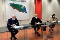 Nuovo Patto per il Lavoro e per il Clima, l'Emilia-Romagna firma l'intesa per rilancio e sviluppo fondati sulla sostenibilità