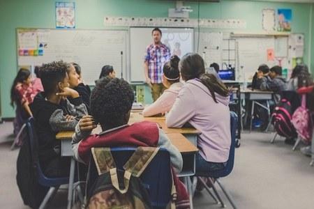 Scuola, la Giunta approva le Borse di studio per l'a.s. 2020-2021